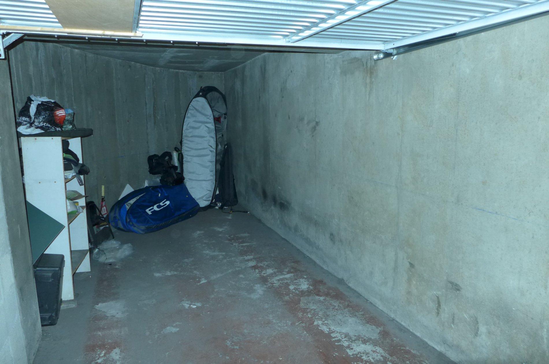 Offres de vente Garage Paris 75018
